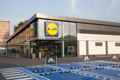 Ekspansja - sklep Lidla z dostosowanym parkingiem dla rodzin z dziećmi